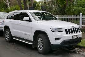 ford jeep 2015 file 2013 jeep grand cherokee wk2 my14 laredo crd 4wd wagon