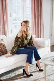 Lauren Conrad Home Decor Lauren Conrad Wearing An Lc Lauren Conrad Ensemble Including A