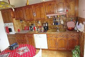 relooker sa cuisine en chene meuble cuisine en chene ordinaire repeindre une cuisine en chene