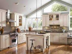 semi custom cabinets chicago 31 best semi custom kitchen cabinets ideas custom kitchen