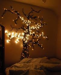 White Christmas Tree Lights 35 Awesome Traditional Christmas Tree Alternatives Digsdigs