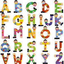 lettre porte chambre bébé besoin d idées déco lettres en bois à mettre à la porte de la