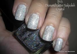 sparkly nails for the holidays makeup and macaroons