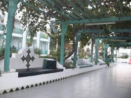 cap canapé canapé allée de l hotel à la piscine picture of el mouradi cap