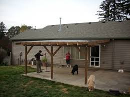 How To Attach A Pergola To A Deck by Best 25 Patio Roof Ideas On Pinterest Outdoor Pergola Backyard