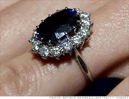 kate s wedding ring kate middleton s engagement ring formerly the engagement ring of