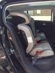 peut on mettre 3 siege auto dans une voiture sièges auto bébé questions techniques peugeot 308 t9 2013