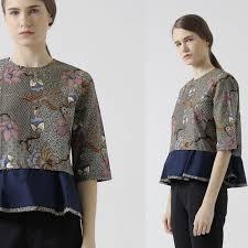 desain baju batik halus ingin tahu desain baju batik modern yang sedang hits tahun ini