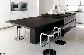 table haute ilot central une cuisine avec îlot central kitchens kitchen design and
