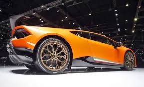 Lamborghini Huracan 2017 - 2 9s 201mph 2017 lamborghini huracan performante launch gallery