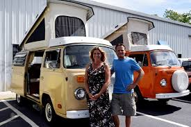 volkswagen bus 1970 vintage volkswagen bus rentals give road trippers a flashback