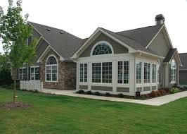 exterior house colors for ranch style homes 39 best bungalow with siding and masonry images on pinterest