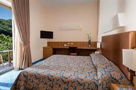 chambre vue sur mer grand hotel due golfi chambres avec vue sur mer
