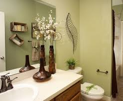 bathroom decorating ideas on a budget flower vases and wired craft for bathroom decorating ideas on a