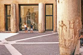 places of roman isisbetween egyptomania politics and religion
