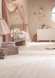 sol chambre enfant pastel pour une chambre d enfant tout en douceur sol plastique