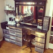 How To Make A Makeup Vanity Mirror Best 25 Makeup Vanity Decor Ideas On Pinterest Makeup Vanity