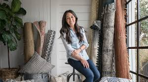 chip and joanna gaines chip gaines fixer upper joanna gaines