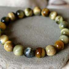 tiger eye jewelry its properties tiger eye bracelets beadage