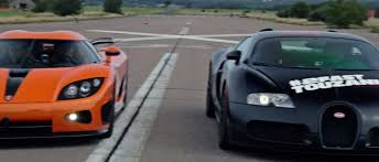 koenigsegg bugatti 2008 bugatti veyron 16 4 vs 2008 koenigsegg ccxr dutchbugs youtube