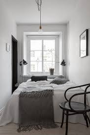 Decorating A Small Master Bedroom Best 25 Tiny Master Bedroom Ideas On Pinterest Burger Rack