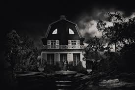 New Houses That Look Like Old Houses The Amityville Horror House In New York Will Give You Nightmares