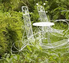 Outdoor And Garden Decor Vintage Furniture And Garden Decor 12 Charming Backyard Ideas