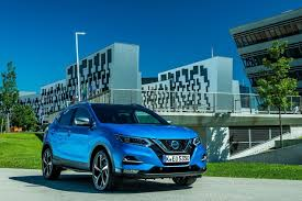 nissan qashqai dog guard 2018 nissan qashqai delivers all this and more carrushome com