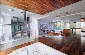 revetement plafond chambre design interieur chambre avec revêtement sol plafond bois