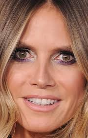 what face shape heidi klum amas 2017 the best beauty looks on the red carpet beautyeditor