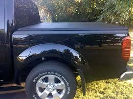 nissan frontier truck bed cover tri fold tonneau for 2010 se cc 4x4 page 2 nissan frontier forum