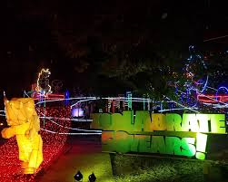 Zoo Lights Phx by Los Angeles Zoo Parks And Cons