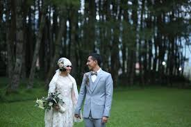 wedding dress bandung andien ippe exchanging wedding vow the dept wedding