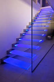madras pixel flooring trasparente glass stairs from