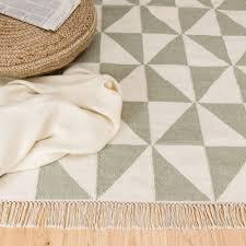 Schlafzimmer Gelber Teppich Teppich Almi Teppiche Dreieck Und Skandinavisches Design