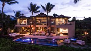 hawaiian style architecture home offers ultra luxury oceanfront