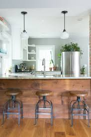 Farmhouse Cabinets For Kitchen Best 25 Kitchen Peninsula Ideas On Pinterest Kitchen Bar