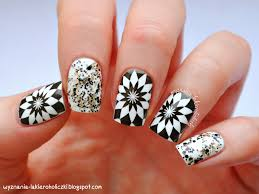 nail art designs on black nail polish