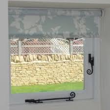 Venetian Blinds Inside Or Outside Recess Roman Blinds Vs Roller Blinds Just Fabrics Just Fabrics