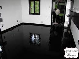 black gloss laminate flooring for bathrooms