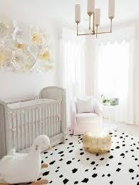 grand tapis chambre enfant la peinture chambre bébé 70 idées sympas concernant tapis rond