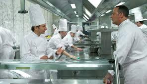 cuisine comme un chef comme un chef jean reno et michaël youn en cuisine comme au