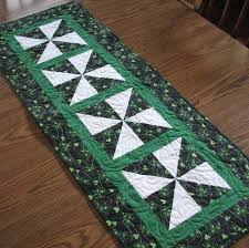 st patrick s day table runner 7 best st patrick images on pinterest quilt block patterns