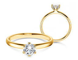 verlobungsring tragen verlobungsring classic aus edlem gelbgold verlobungsring classic