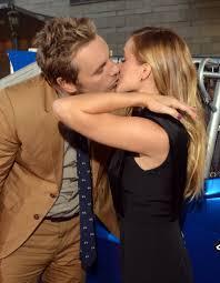 Kristen Bell by Photos Of Kristen Bell And Dax Shepard Kissing Popsugar Celebrity