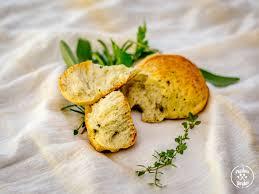 thanksgiving herb bread