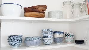 vaisselle cuisine les petites étagères de cuisine le d annouchka