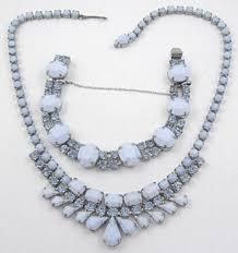 blue glass necklace vintage images Weiss blue milk glass necklace bracelet set garden party jpg