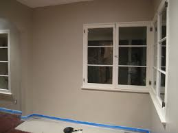interior shaker beige benjamin moore wall with white wainscoting