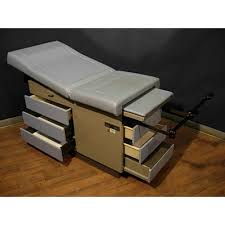 used medical exam tables used pre owned ritter 104 exam table vonco medical rehab fitness